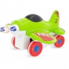 avion à hélice vert