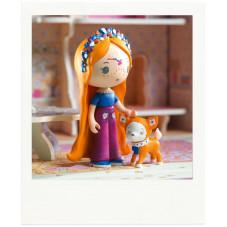 Figurine maison de poupée